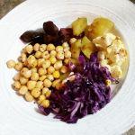 Chou rouge, patate, chou-fleur, betterave et pois chiches