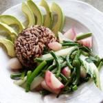 Sauté de légumes: radis, bok choy et fleur d'ail
